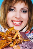 Lovely girl with Xmas gift — Stock Photo