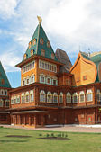 Russian wooden palace in Kolomenskoye — Stock Photo