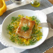 Fish with yellow pepper and cress — Foto de stock #5394358