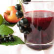 Smoothie from currants and apples — Stock Photo