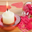 Aroma candle and bath salt — Stockfoto
