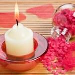 aroma svíčka a koupelová sůl — Stock fotografie