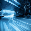 The traffic under the viaduct — Foto Stock