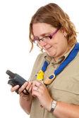 Holandês escoteiro feminino com gps de navegação — Fotografia Stock