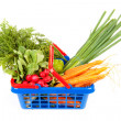 Shopping basket filled with healthy vegetables — Foto Stock