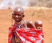 マサイマラ国立保護区、ケニア - 2011 年 7 月-2: 正体不明のアフリカの女性から — ストック写真