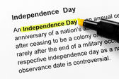 Independence day text highlighted in yellow — Stock Photo
