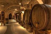 Bodega de vinos en la abadía de monte oliveto maggiore — Foto de Stock