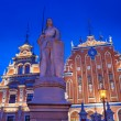 Roland statue and the Blackhead's house in Riga, Latvia. — Stock Photo #6223848