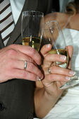 Wedding couple and champange — Stock Photo