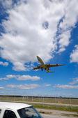 Landing plane — Foto Stock