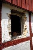 Window of house in ruin — Stok fotoğraf