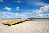 Pont sur la plage — Photo