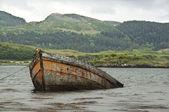 Sjunkna båten — Stockfoto