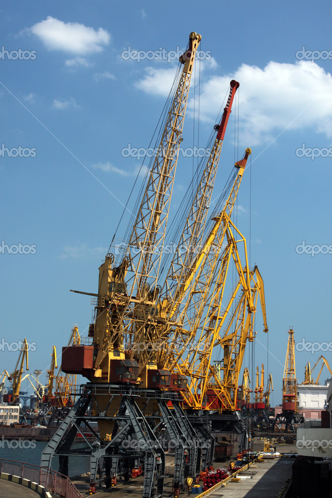 Cargo seaport cranes over blue sky, Odessa — Stock Photo #6086949