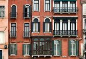 Venezianische Mehrfamilienhaus — Stockfoto