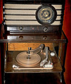 Radio and gramophone — Stock Photo