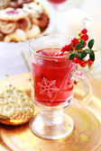 Hot wine cranberry punch — Stock Photo
