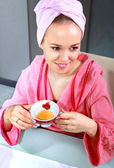 Woman drinks tea — Stock Photo