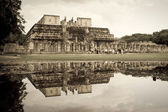 Temple of the Warriors in Chichen Itza — Stock Photo