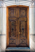 Decorated door in Granada — Stock Photo