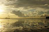 Puesta de sol del mar. borneo. — Foto de Stock