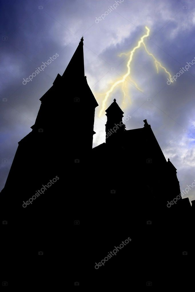 Old silhouetted building with towers and lightning in the background — Stock Photo #6047690
