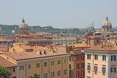 查看上面的罗马市中心 — 图库照片