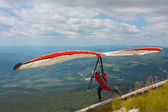 Hang gliding in Croatia — Stock Photo