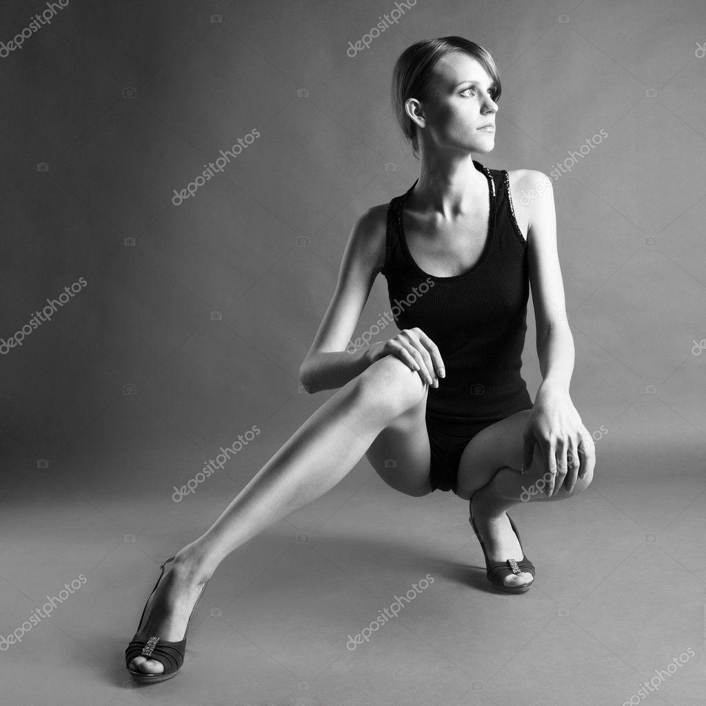 Черно белое фото длинноногие девушки 7 фотография