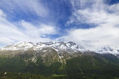 Snow capped mountain — Stock Photo