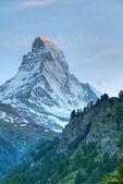 Gün batımında dağ matterhorn — Stok fotoğraf