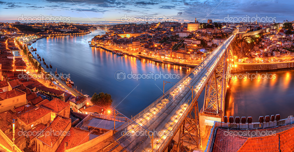 Panorama of lighted  famous bridge Ponte dom Luis above  Old town Porto and  river Duoro at night, Portugal   — ストック写真 #6591125