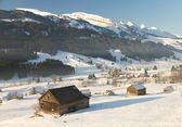 Vadi dağ başında churfirsten i̇sviçre ile kabin, — Stok fotoğraf