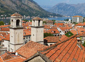 Roofs of Kotor with towers of St Tryphon's Cathedral, Montenegro — Stock Photo