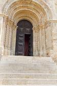 Eingang der kathedrale se velha de coimbra — Stockfoto
