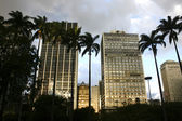 Dunklen himmel über sao paulo — Stockfoto