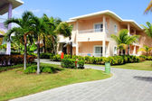 Accommodation buildings at a luxury caribbean holiday resort — Stock Photo