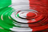 Ripples against an Italian flag — Stock Photo