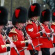 Queens guards marching and playing music — Stock Photo #6295899
