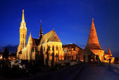 Fishermans bastion and Matthias church in Budapest — Stock Photo