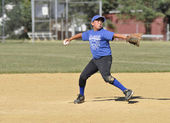 Petit lanceur de baseball de ligue — Photo