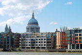 London skyline with st paul's cathedral — Stock Photo