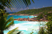Tropical beaches wit azure see, La Digue, Seychelles — Stock Photo