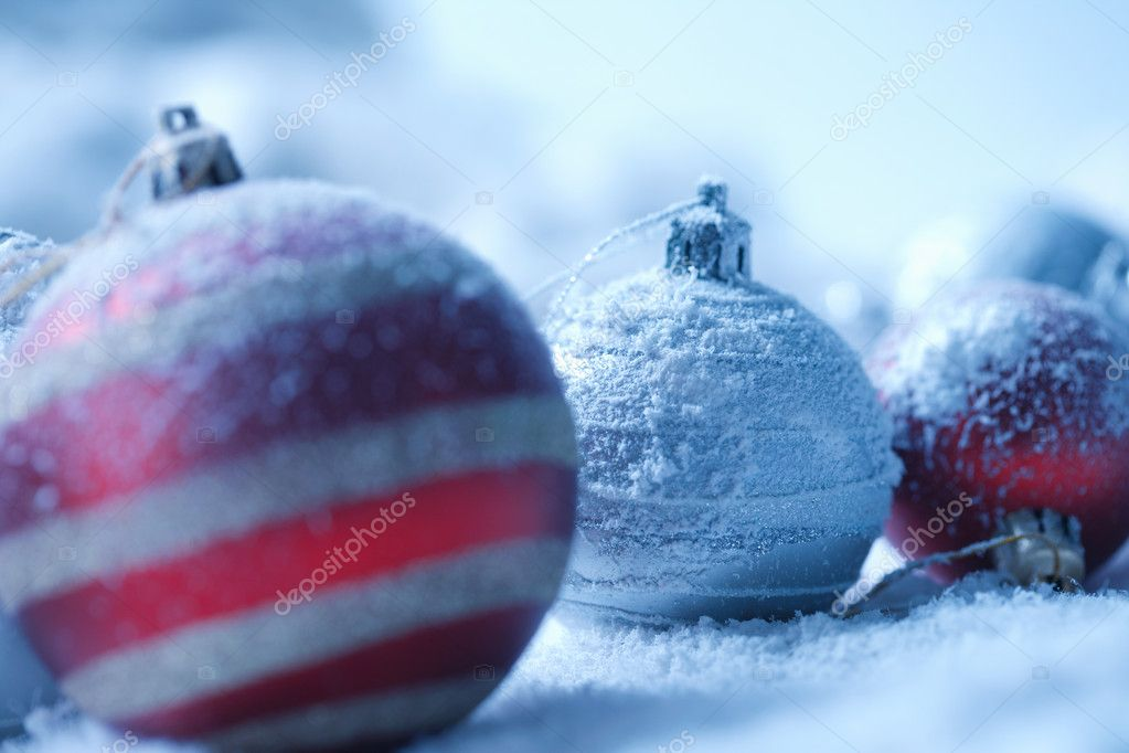 Christmas ornament on  blured background — Stock Photo #5779348
