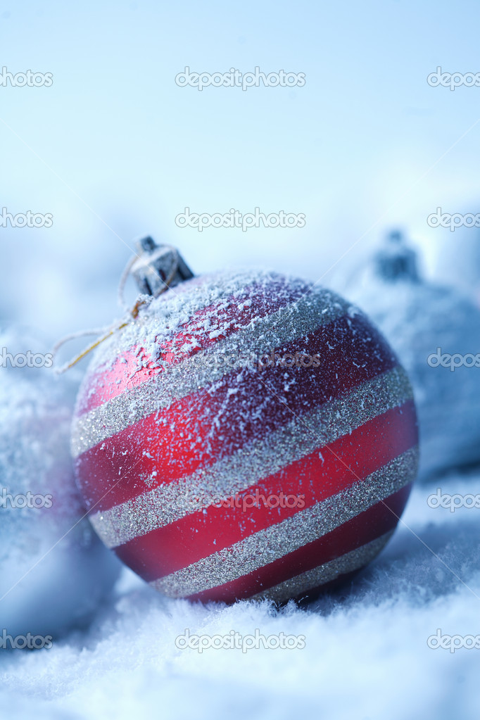 Christmas ornament on  blured background — Stock Photo #5779373