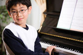 Playing piano — Stock Photo