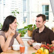 Couple eating breakfast — Stock Photo