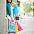Black woman shopping — Stock Photo
