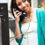 Black woman on the phone — Stock Photo